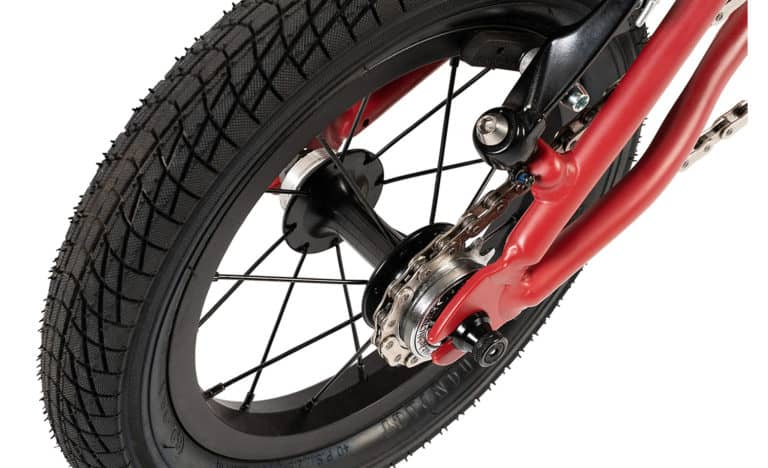 Gecko-red-rear-wheel